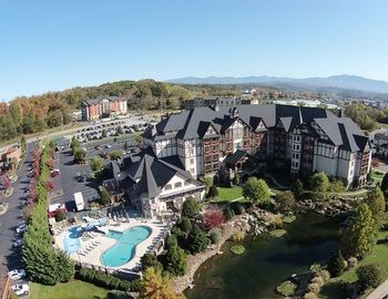 Tonight only: save 25% The Inn at Christmas Place Pigeon Forge