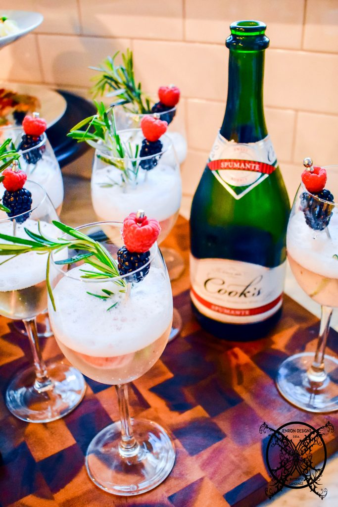 NEW YEAR CHAMPAGNE & TOAST JENRON DESIGNS