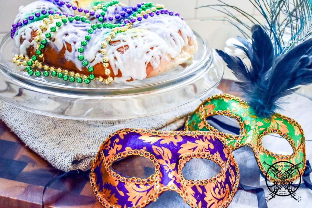 KING CAKE JENRON DESIGNS