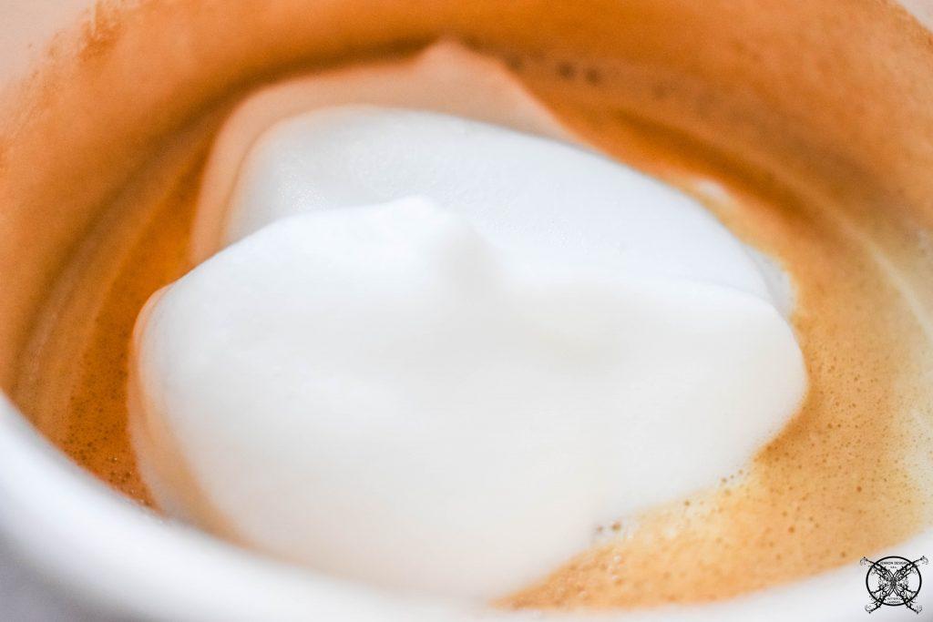 JENRON DESIGNS Dollop of milk Coffee Bar