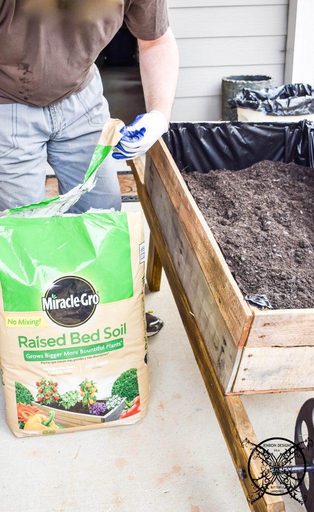 Wheelbarrow Garden soil JENRON DESIGNS