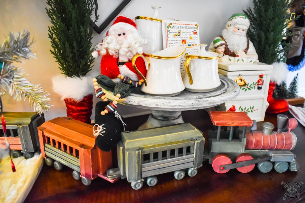 Antique Wooden Train with Santa JENRON DESIGNS