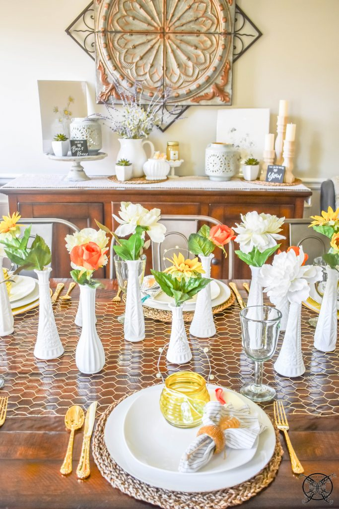 Beehappy Tablescape JENRON DESIGNS