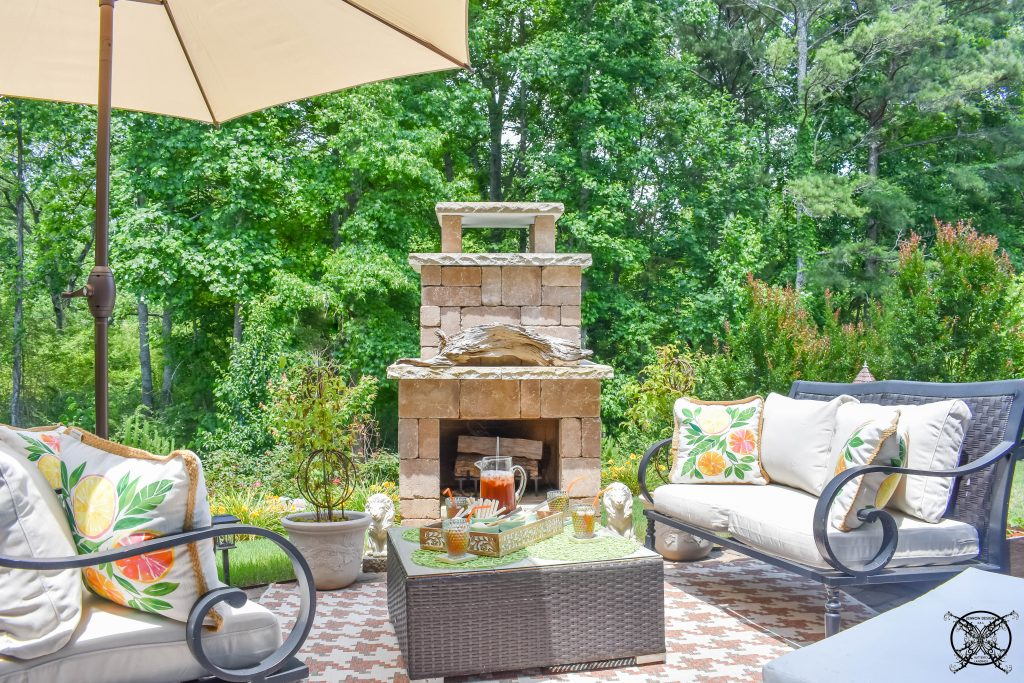Easy Backyard Decor JENRON DESIGNS