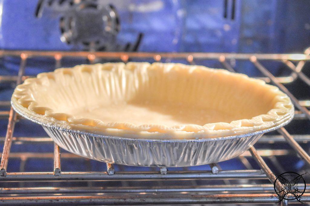 Blind Baking Pie Crust JENRON DESIGNS