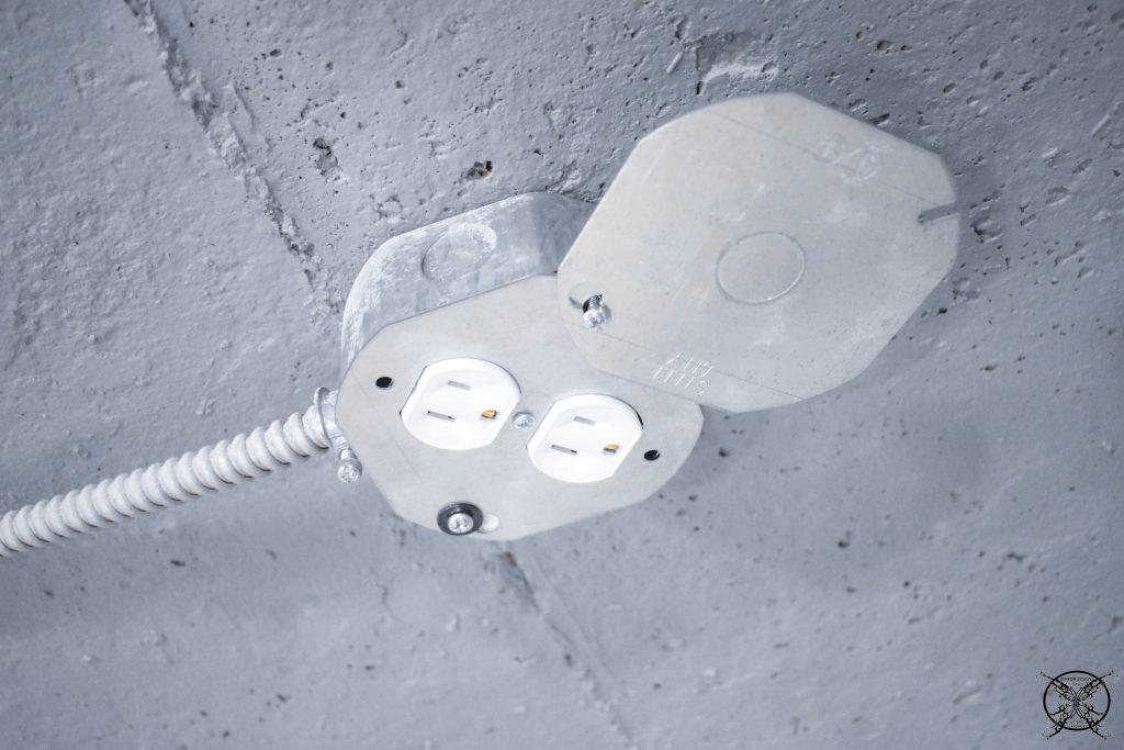 Industrial Plug JENRON DESIGNS